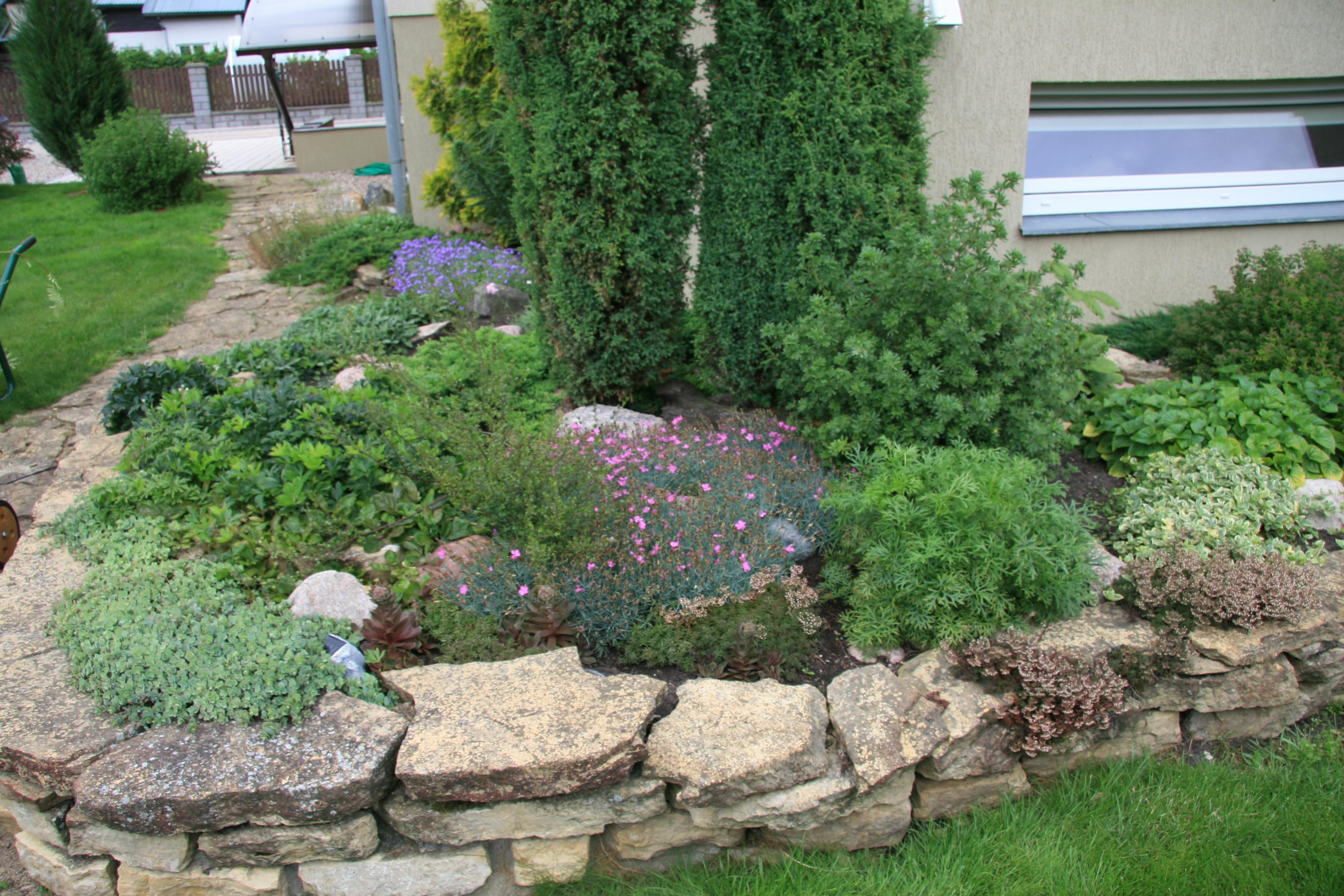 Viduržemio stiliaus sodas